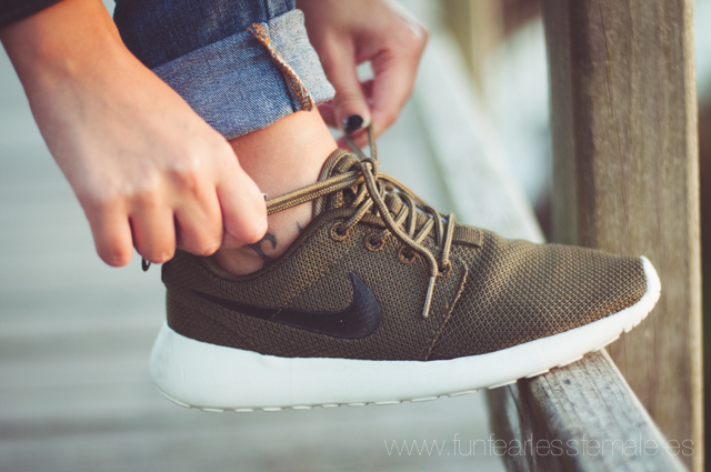 Nike Roshe Run Marrones