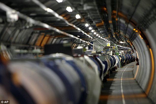 saintis rekod zarah sub-atomik bergerak lebih cepat dari cahaya