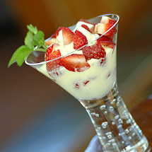 Strawberries with Zabaglione Cream