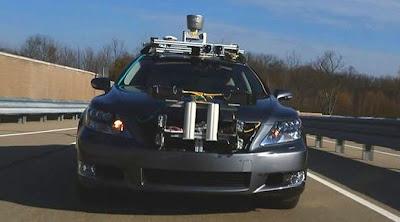 Mobil Tanpa Supir Toyota Lexus