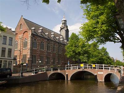 Antigua Universidad de Leiden