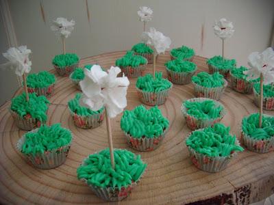 cupcakes cesped