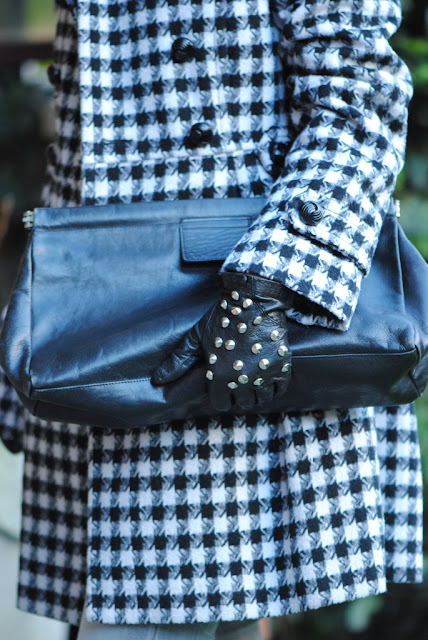 Studded gloves converse all star FashionStuds duemilaedodici borchie borchiate guanti veronica ferraro zara