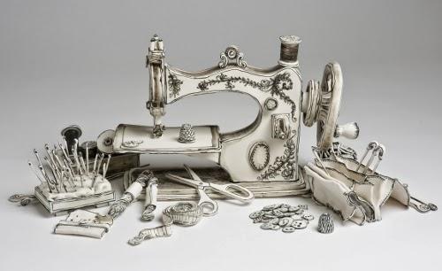 00-Front-Page-Katharine-Morling-Porcelain-Sculptures-www-designstack-co