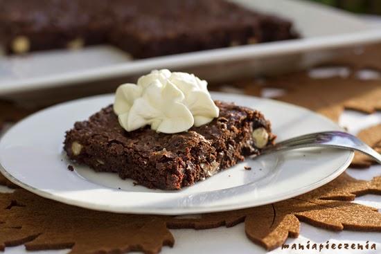 http://www.maniapieczenia.blogspot.com/2014/10/brownie-bez-glutenu.html
