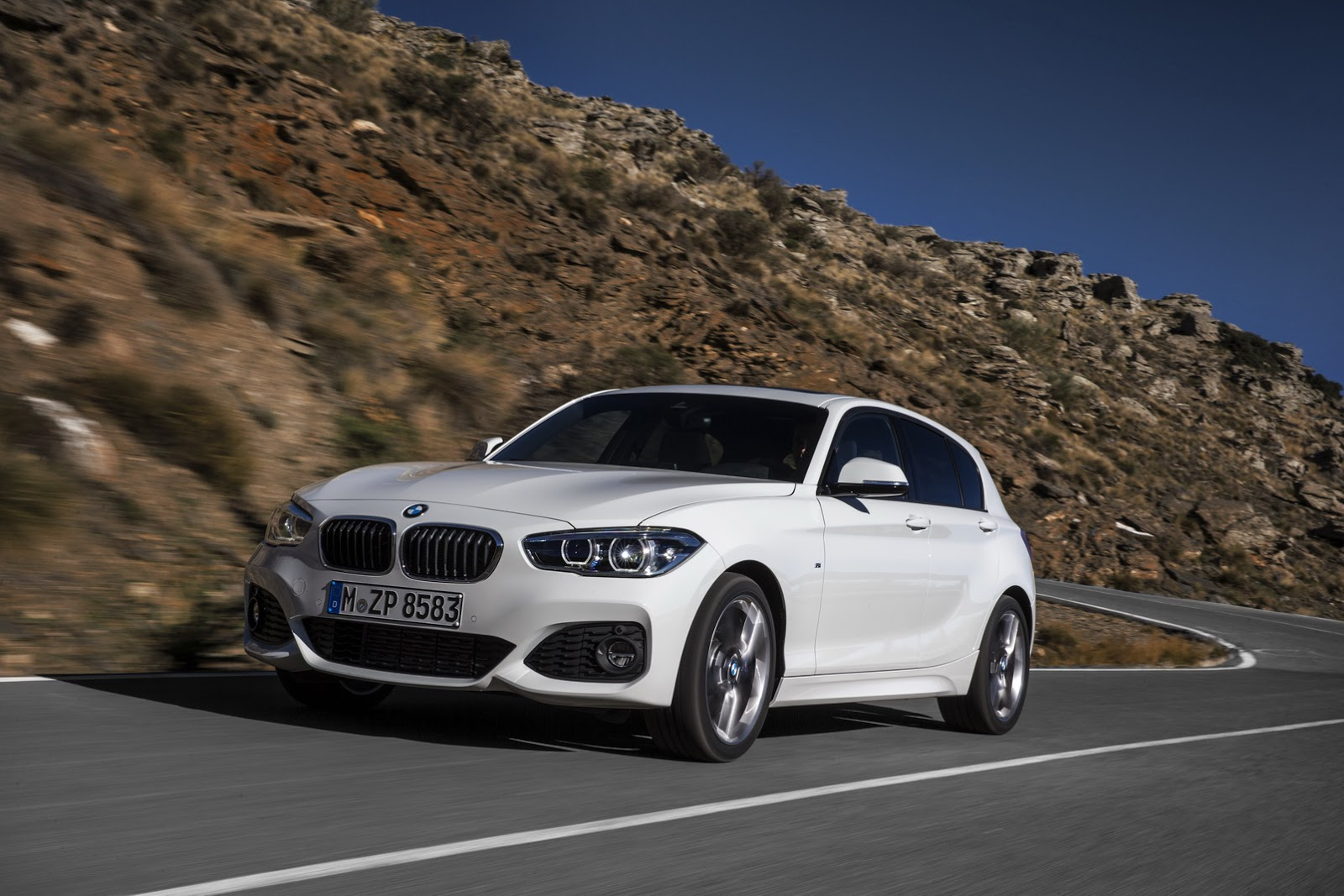2016 bmw 1 series facelift this is it in 100 photos w. Black Bedroom Furniture Sets. Home Design Ideas