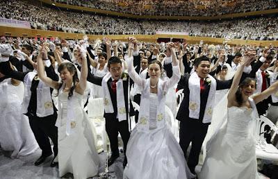 Casamento em massa 2000 casais