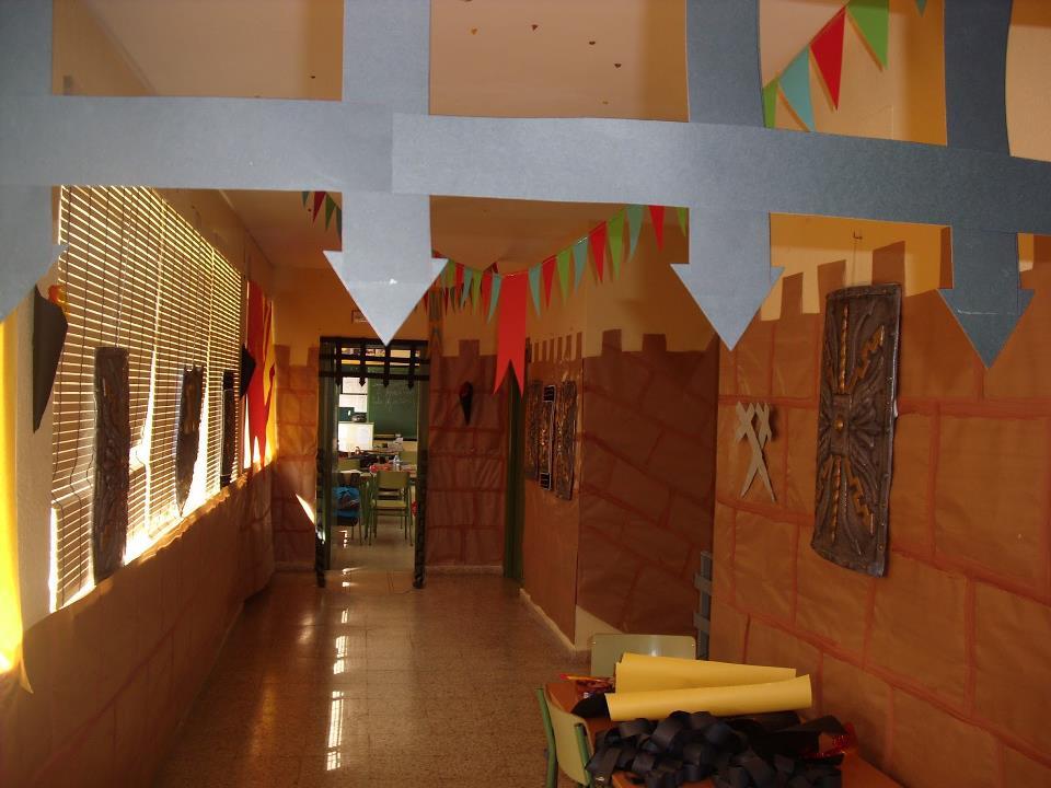 Manzanares digital el ceip divina pastora celebra el d a for Decoracion de puertas infantiles