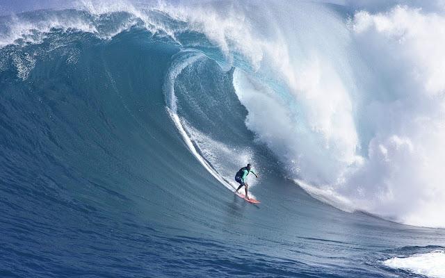 Surf Surfeando una Gra Ola Imagenes de Playas y Olas