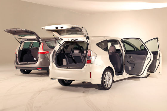 Toyota Prius + / Renault Grand Scenic : 2011 comparison