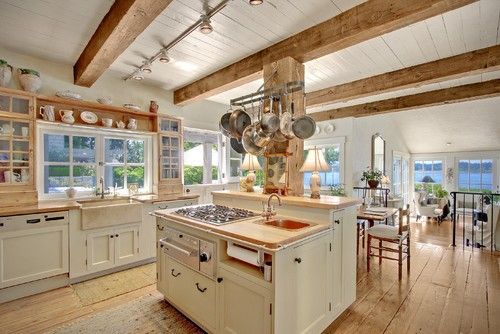 Lee caroline a world of inspiration nantucket style for Nantucket style kitchen