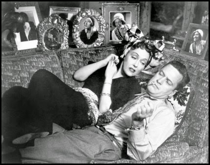 Gloria Swanson y William Holden en El crepúsculo de los dioses (Billy Wilder, 1950)