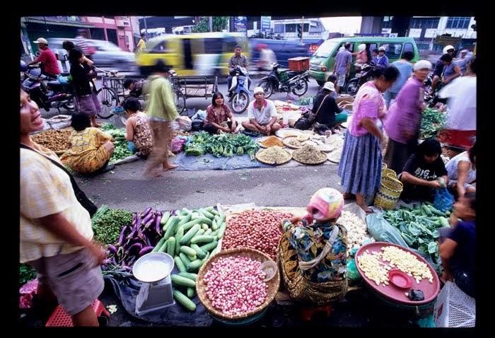 Pasar Oligopoli adalah