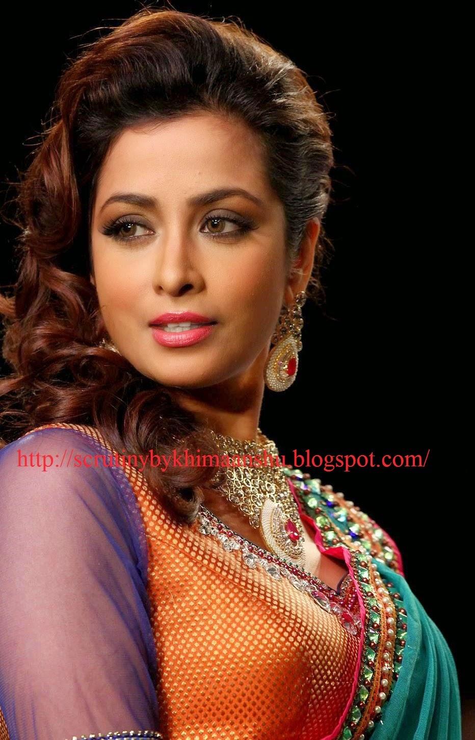 Watch Madhura Naik video