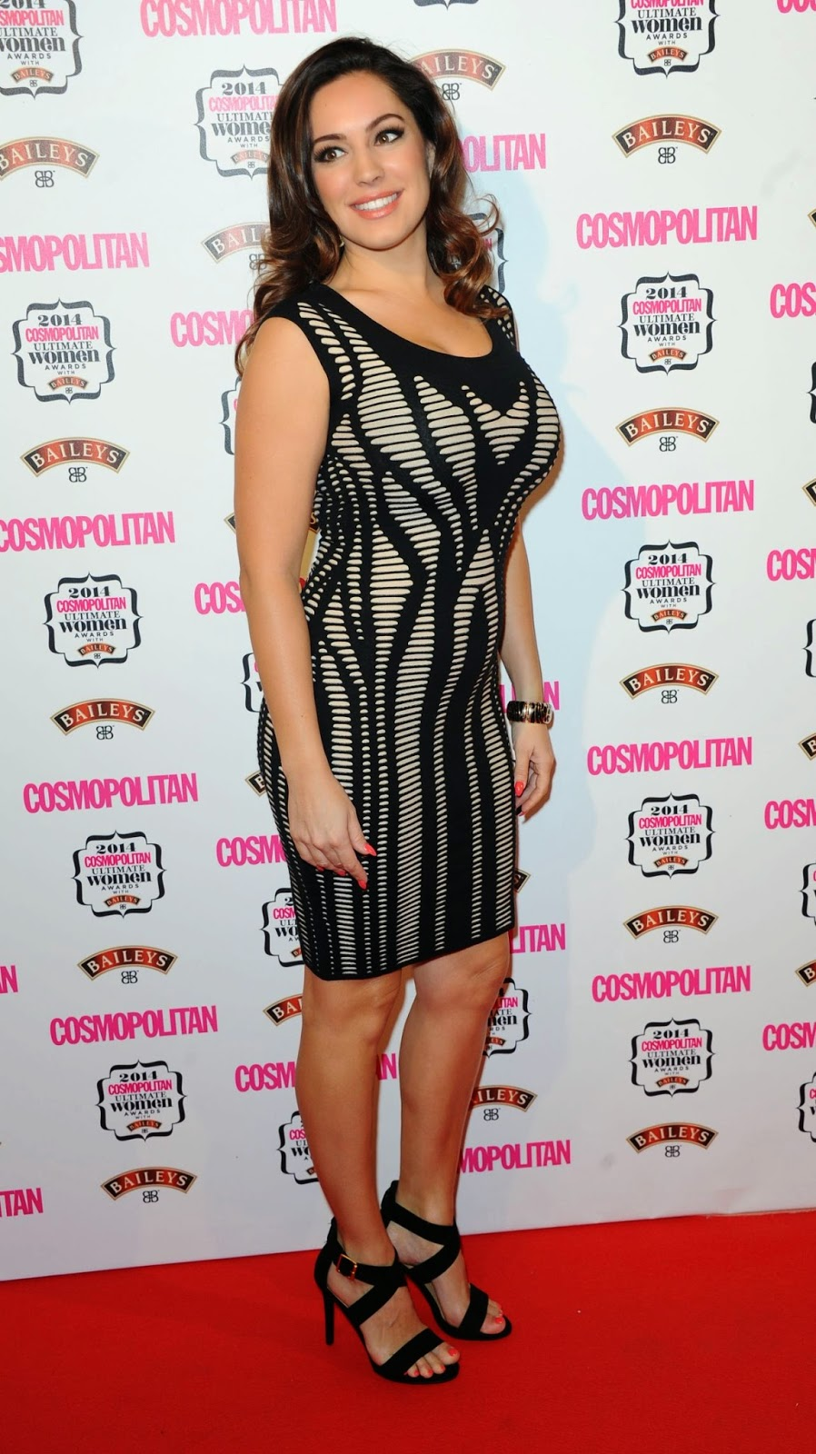 Kelly Brook shows off curvaceous figure at the 2014 Cosmopolitan Ultimate Women Awards in London