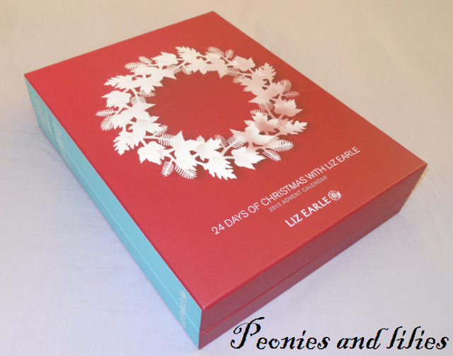 Liz Earle, Liz earle advent calendar, Liz earle christmas 2012, Liz earle 24 days of christmas advent calendar, liz earle 24 days of christmas advent calendar review