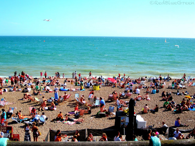Photo of Crowd at Brighton Pebble Beach during summer season