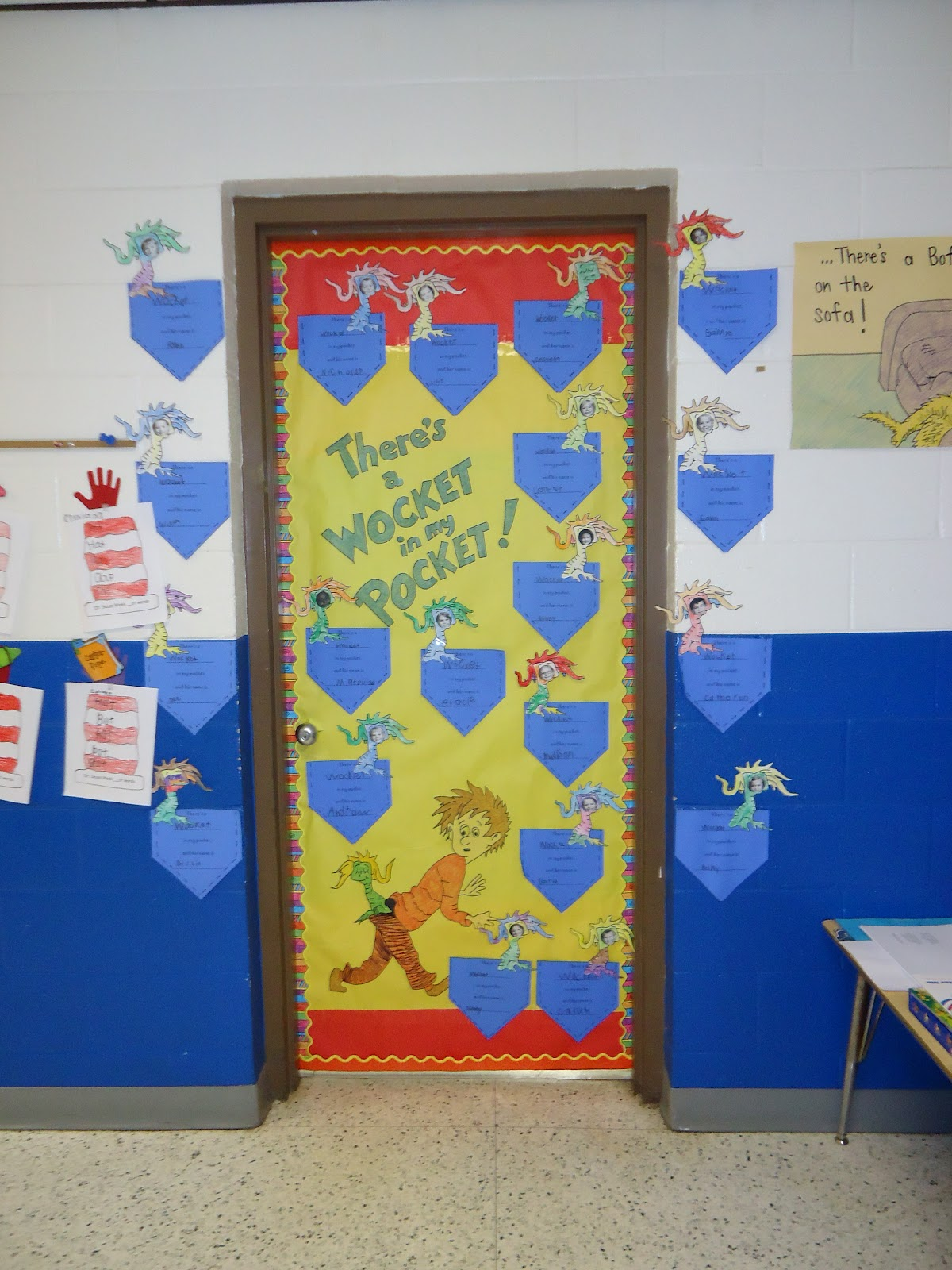 Dr seuss door decorating contest ideas bookshelf for P g class decoration