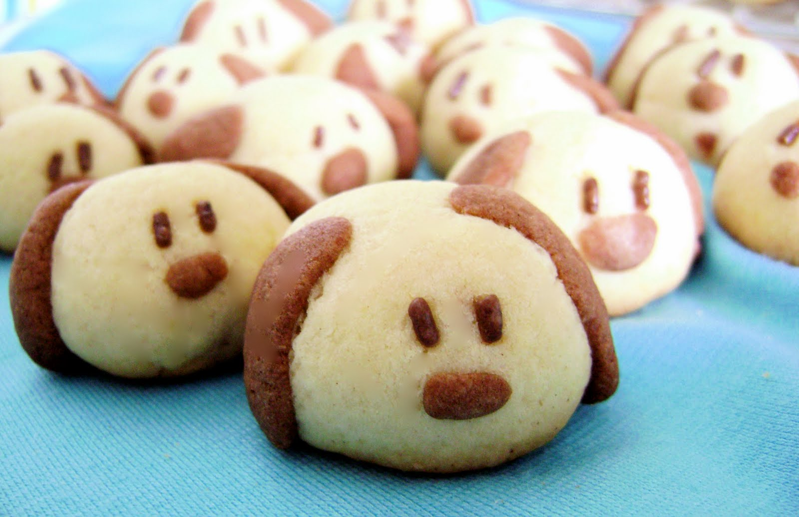 sprinkles of happiness cute cookies breads pastries