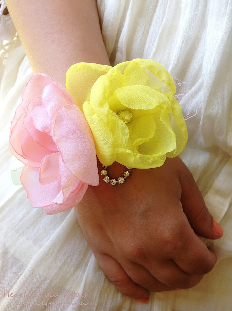 flower corsage for brides and bridesmaids