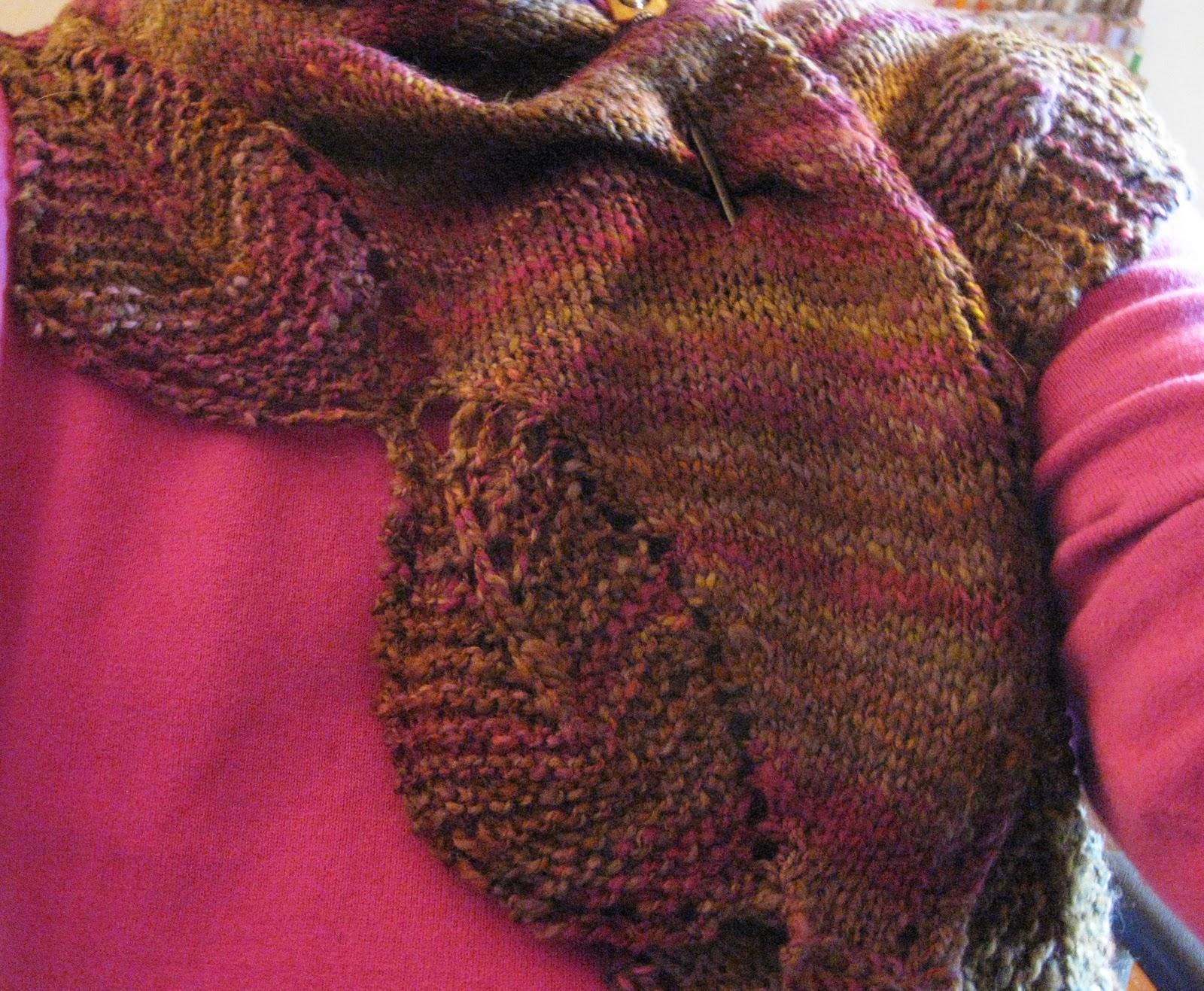 Of Wool and Fibers: Garden Leaf Shawlette