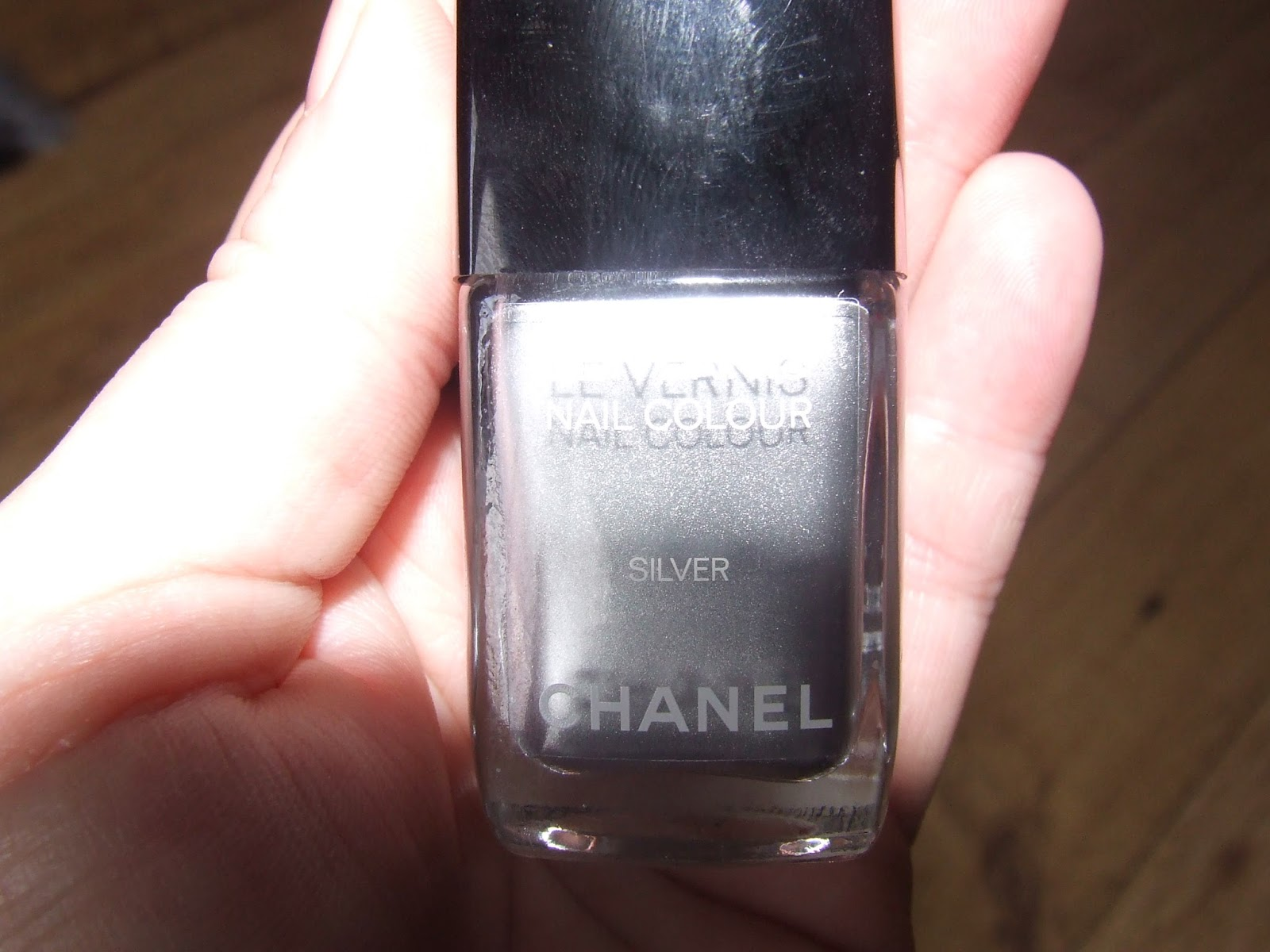 Chanel Duo Platinum Holographic Nail Polish – Papillon Day Spa