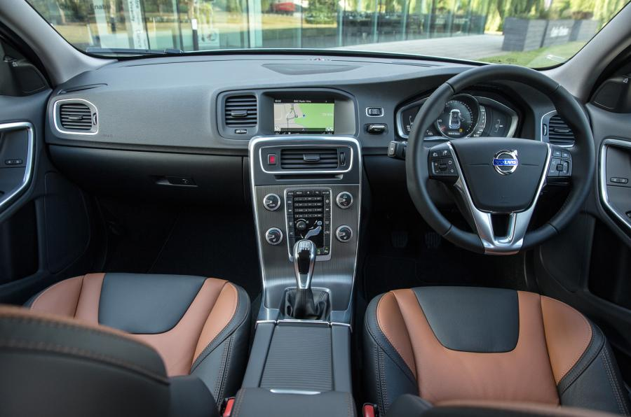 Canada Autocar: 2015 Volvo V60 Cross Country Specs, Features ...