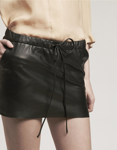 basicLeather. falda mini cuero. Leather skirt