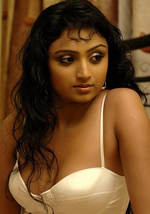 TV Actress Waheeda In Serial
