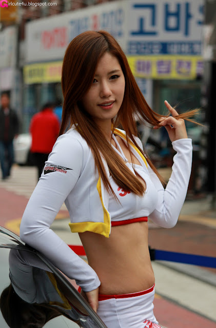 Song-Jina-Daegu-Street-Motor-Show-04-very cute asian girl-girlcute4u.blogspot.com