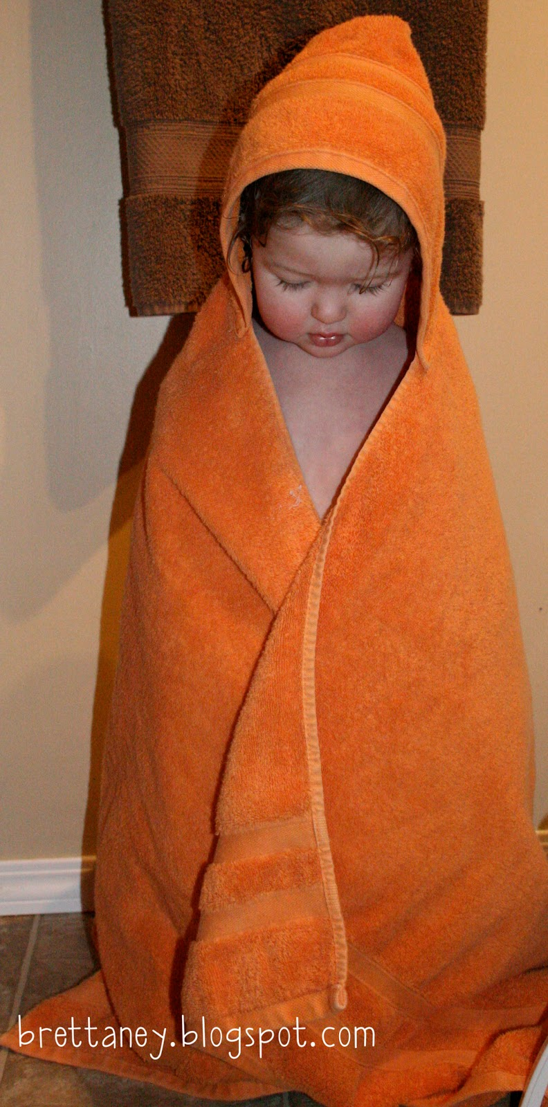 this that hooded baby towel tutorial. Black Bedroom Furniture Sets. Home Design Ideas