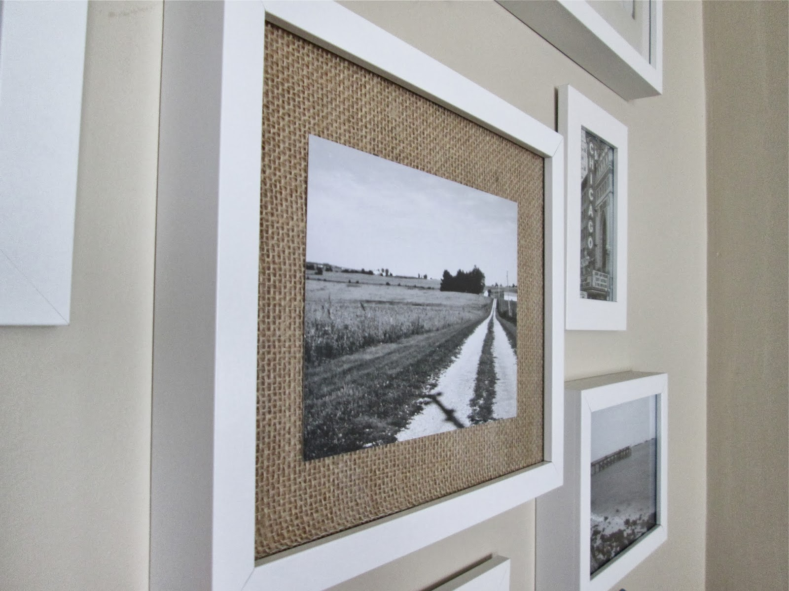 This Little House of Mine: Easy Burlap Frame Mat
