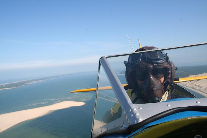 Antoine pilote le Stearman en place arrière