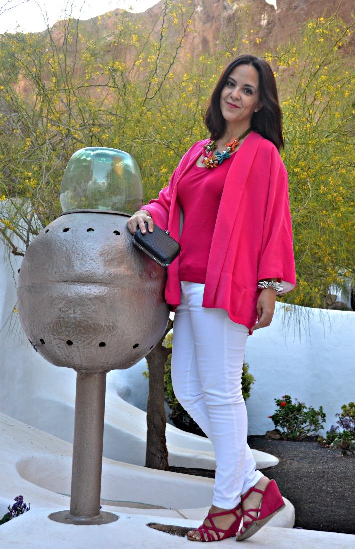 Lagomar_Lanzarote_Omar_Shariff_Outfits_ObeBlog_Oasap_spiked_bracelet_05