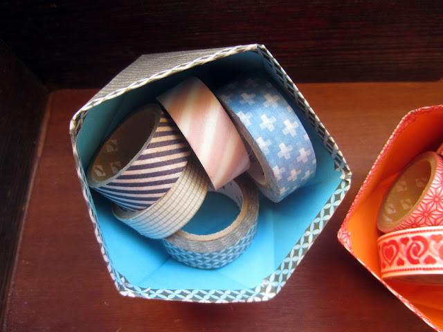 geschwister gezwitscher 1 rumfliegendes masking tape 2 ideen im sch chtelchen. Black Bedroom Furniture Sets. Home Design Ideas