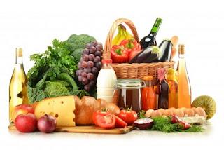 """<img src=""""menos-calorías.jpg"""" alt=""""los alimentos con menos contenido energético te permiten comer poco al tiempo que consumes todos los nutrientes necesarios para una buena salud"""">"""