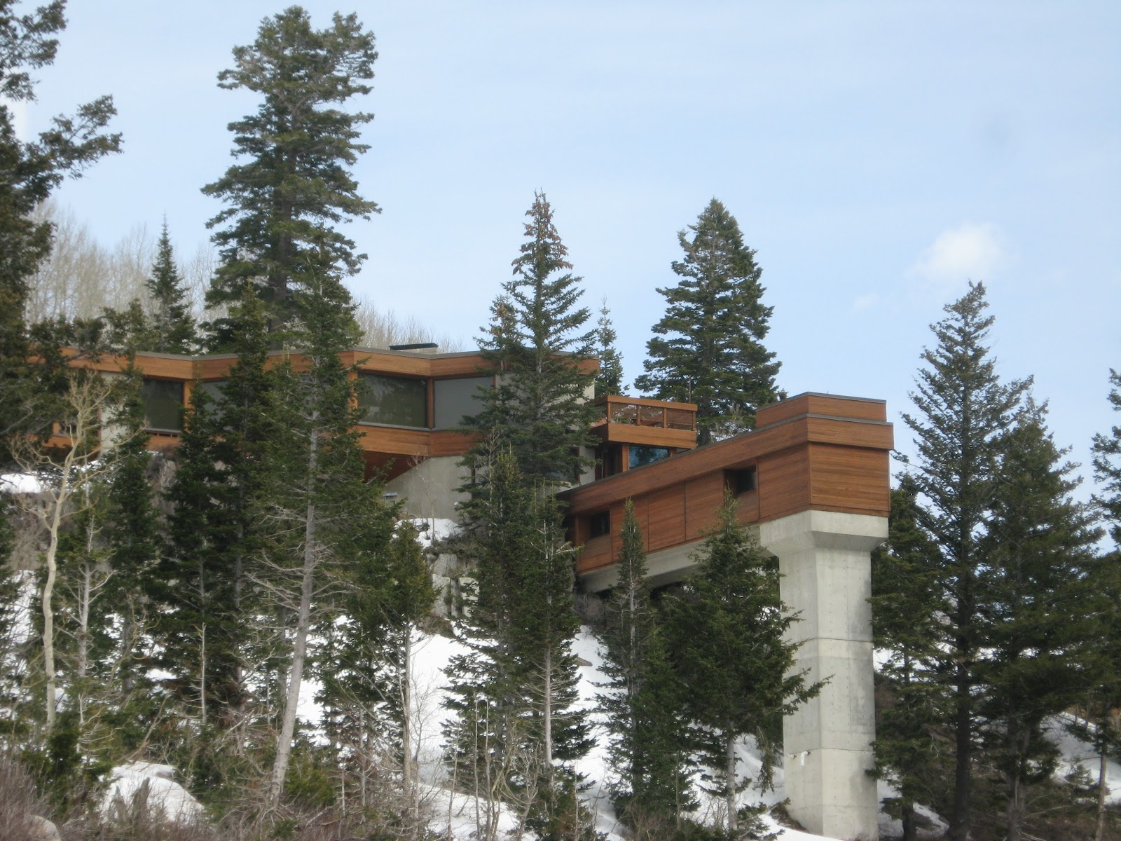 Ski House of the Day: Ski House on a Slippery Slope