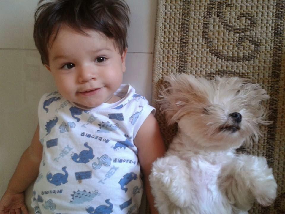 niño-con-animales-pet-de-Henry-P-hacha feliz-niño-niño-juego-child-with-animal-pet-of-Henry-P-ax-happy-child-boy-playing-子付き動物ペット·オブ·ヘンリー·P-AX-ハッピー子育て少年プレイング
