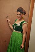 Shilpa Chakravarthy Glam pics-thumbnail-20