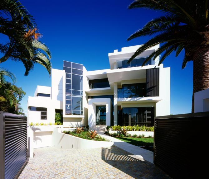 Luxury houses villas and hotels modern white house for Home architecture australia