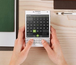 harga Blackberry Passport Putih