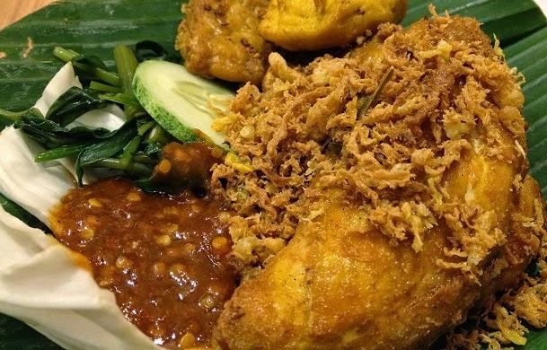 Resep Cara Membuat Ayam Goreng Penyet Kriuk Pedas