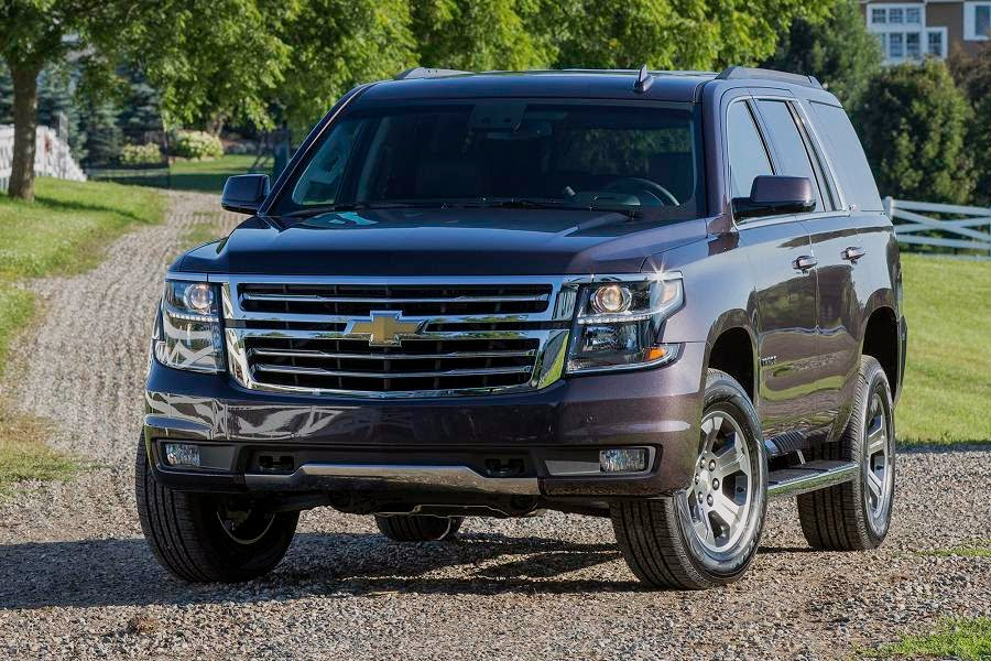 Chevrolet Tahoe Z71 (2015) Front Side