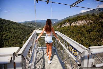 Jembatan Gantung Ekstrem Terpanjang di Dunia, Rusia