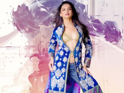 Deepika Padukone removing her clothes getting naked