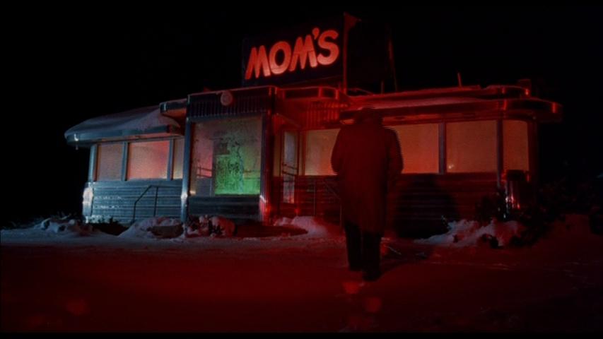 'Preacher' (Martin Landau) approaches Mom's Diner in Alone In The Dark (1982)