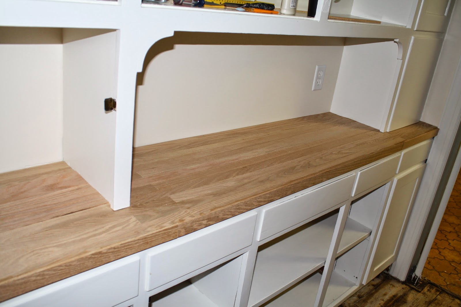 Converting laminate counters to oak
