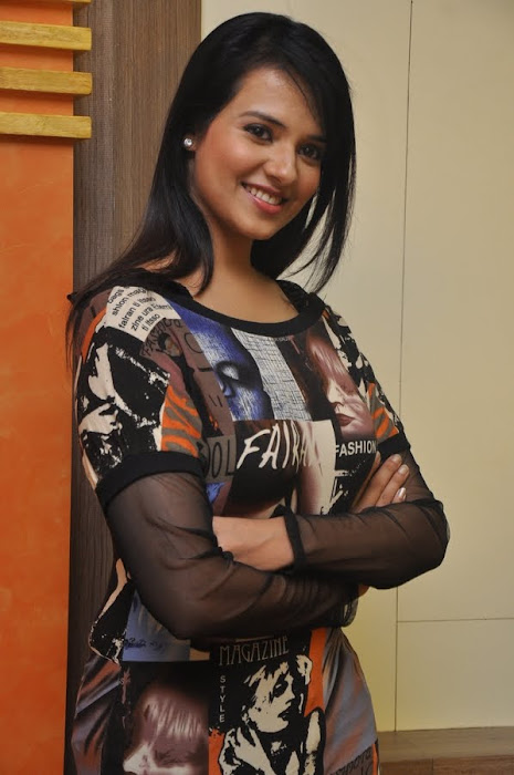 saloni , saloni new cute stills