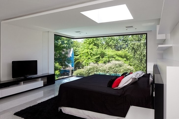 Bedroom in Minimalist Casa Carrara by Andres Remy Architects