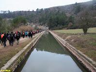 El Canal de la Mina cap a ponent, vist des del pontet que el travessa. Autor: Carlos Albacete